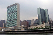 United_Nations_HQ_-_New_York_City_klein